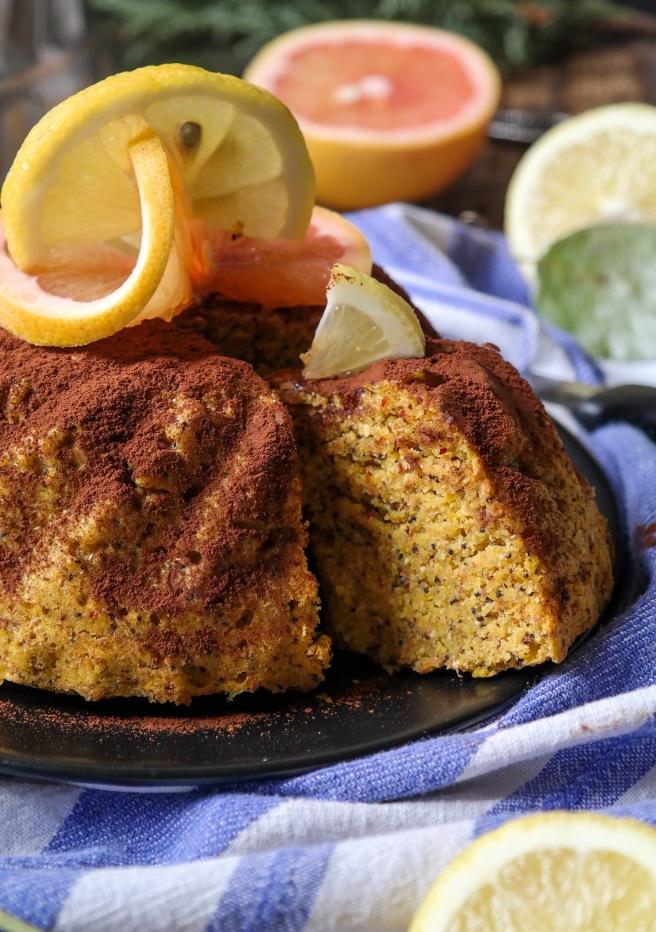 vegan and sugar free bundt cake