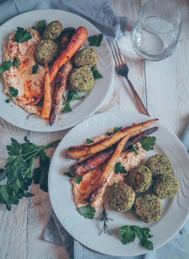 carote arrosto con hummus