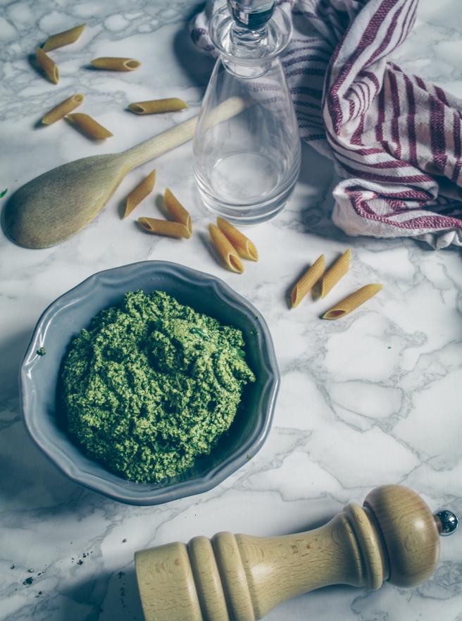 pesto di basilico e anacardi vegan