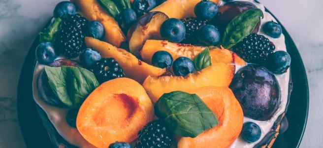 torta alla frutta vegana e senza zucchero