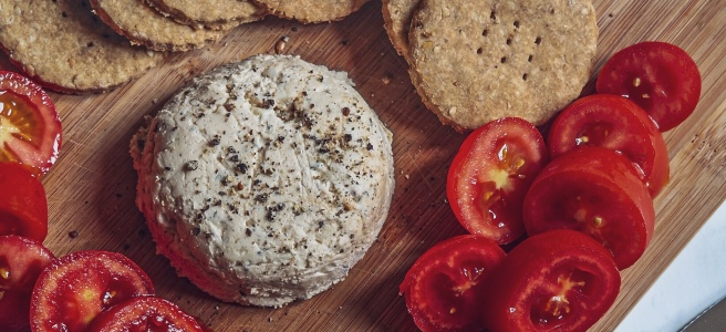 vegan cashew cheese spread